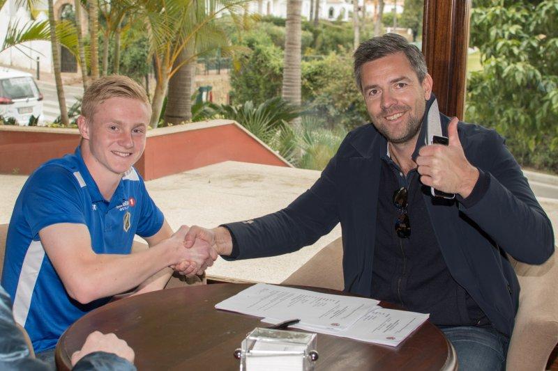 Sportslig leder Inge André Olsen fornøyd med signering av Aga. Foto: Kristian Bjerke