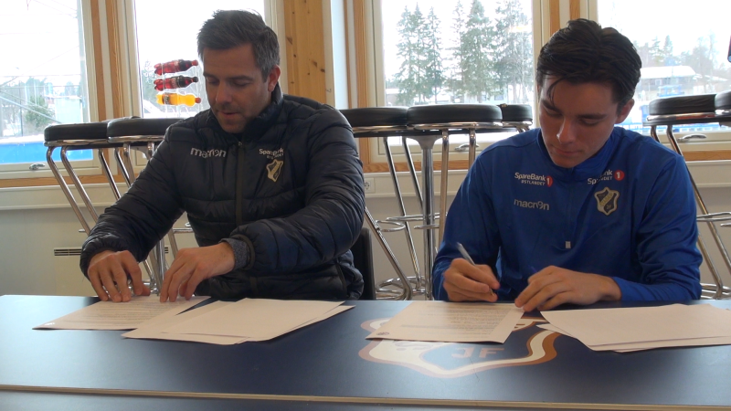 UT 2021: Hugo Vetlesen har skrevet ny Stabæk-kontrakt.